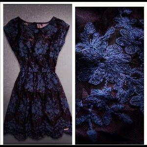 A&f lace navy dress